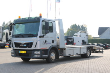 MAN TGL 12.220 4×2 Autotransport