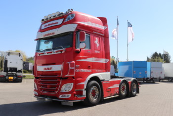 VK.33697 DAF XF106.510 6×2/4 Super Space Cab