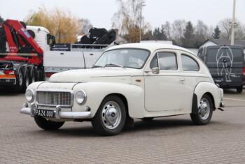 Volvo P 544
