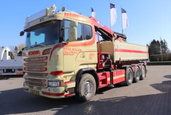 Scania R580 LB 8×4-4 HNB m. Hejs/Kran Peter E. Nielsen