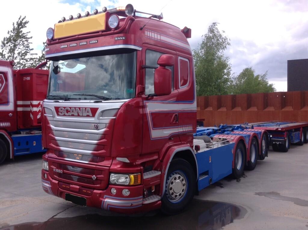 Scania R580 8×4*4 m. Kroghejs