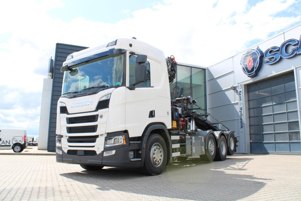 VK.21800029NYS Scania R520 8×2/4 m. Hejs/Kran