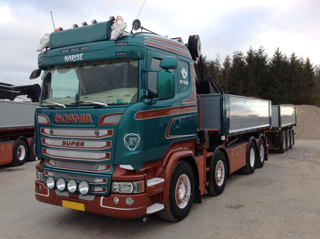 Kommission – Scania R580 8×2*6 m. Tip/Kran
